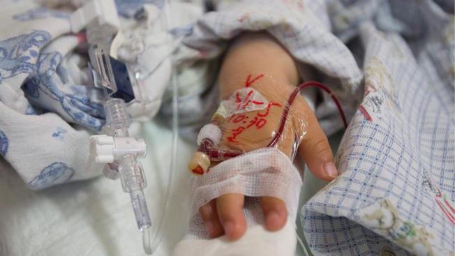Miseria e morte in Grecia: per Fubini è meglio non parlarne