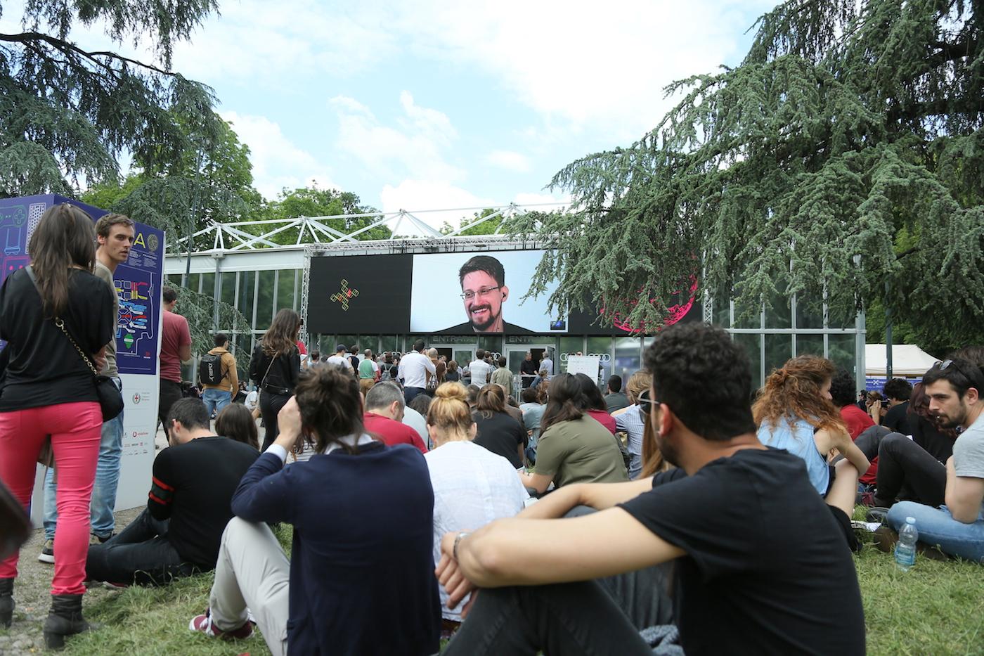 """Edward Snowden al Wired Next Fest: """"È in corso un attacco alla libertà di stampa"""""""