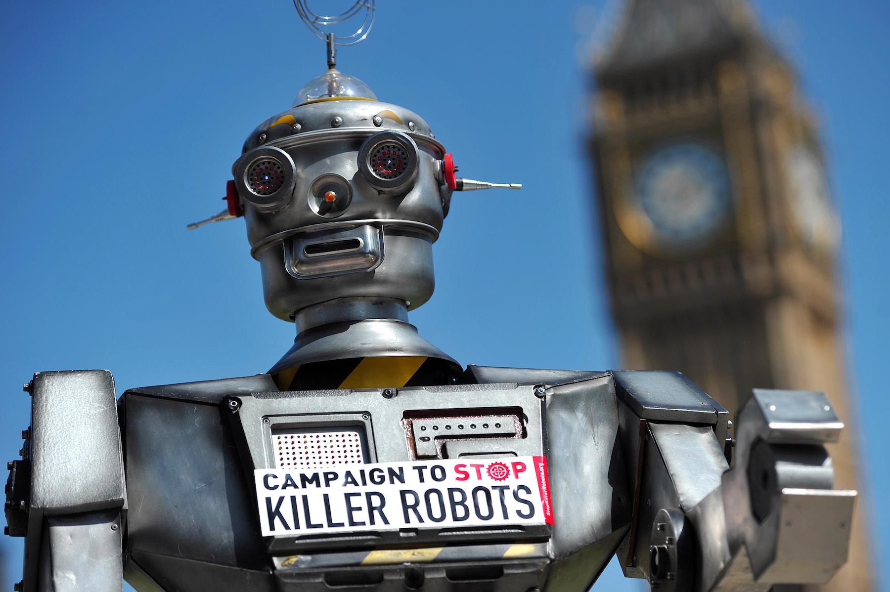 Siamo vicini all'impiego in guerra di robot killer autonomi