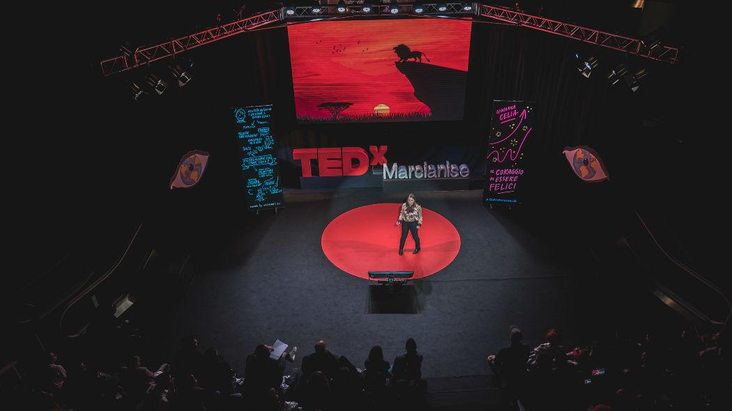 Un TedX notturno porta lo spazio in un centro commerciale