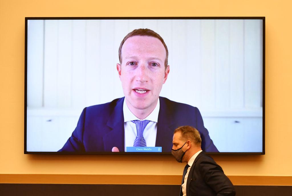 Com'è andata la prima testimonianza davanti al Congresso di Zuckerberg, Bezos, Cook e Pichai