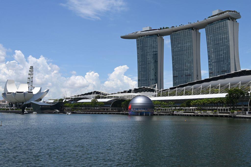 A Singapore c'è il primo Apple Store galleggiante